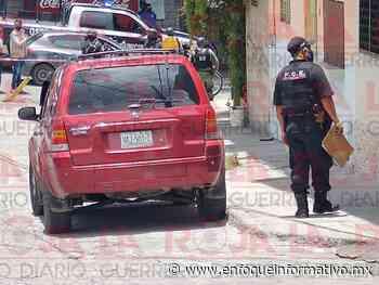 Hallan camioneta con posibles restos humanos en el Centro de Chilpancingo | La Roja Guerrero - Enfoque Informativo