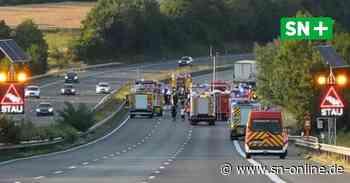 A2 bei Vlotho: Unfall mit Gefahrgut-Transporter sorgt für Vollsperrung - Schaumburger Nachrichten