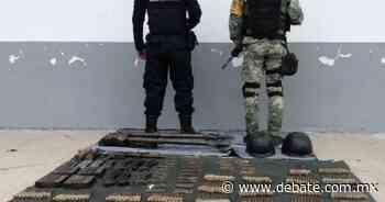 626 cartuchos, explosivos, arma y dos vehículos fueron asegurados en Tepalcatepec, Michoacán - DEBATE