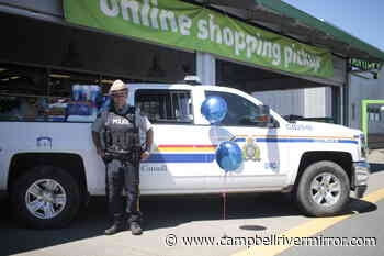 Over 2000 pounds of food donated at Campbell River Cram-A-Cruiser event - Campbell River Mirror