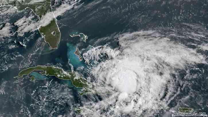 "Huracán ""Isaías"" azota Bahamas y se dirige a Florida - Deutsche Welle"