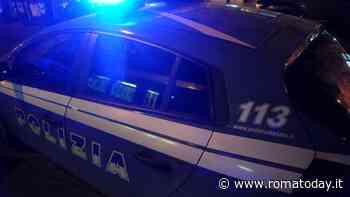 Esplosione a Tor Sapienza, fanno saltare il bancomat e scappano con il bottino: caccia alla banda