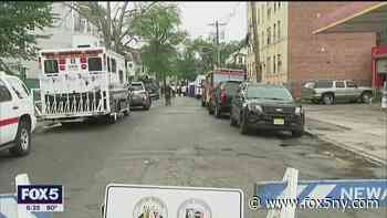 Newark's 'Adopt-a-Block' program aims to build relationship between police and community - FOX 5 NY