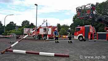 Bad Berleburg: Kleinlaster für Supermarkt-Parkplatz zu hoch - Westfalenpost