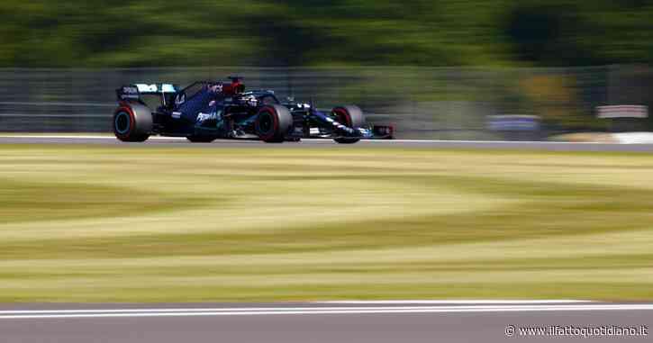 F1, Gp Gran Bretagna: la Mercedes dà un secondo a tutti in qualifica. Leclerc quarto, Vettel dietro