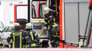 Dachgeschosswohnung in Düsseldorf in Brand: Bewohner gerettet