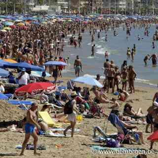 Live - Buitenlandse Zaken past reisadvies aan: code rood voor regio's in onder meer Frankrijk en Spanje