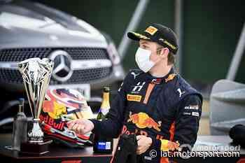 Victoria de Lawson en Silverstone en la F3 - Motorsport.com, Edición: Latino América