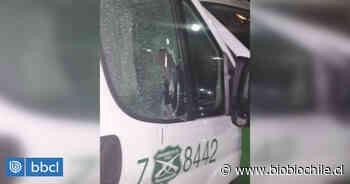 Al menos un carabinero lesionado deja ataque a furgón policial en Victoria con un tarro de pintura - BioBioChile