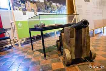 Tentoonstelling 'Damme - 400 jaar zevenster' in stadhuis