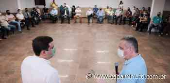 Marcelo Palmeira conduz reunião com pré-candidatos a vereador - Cada Minuto