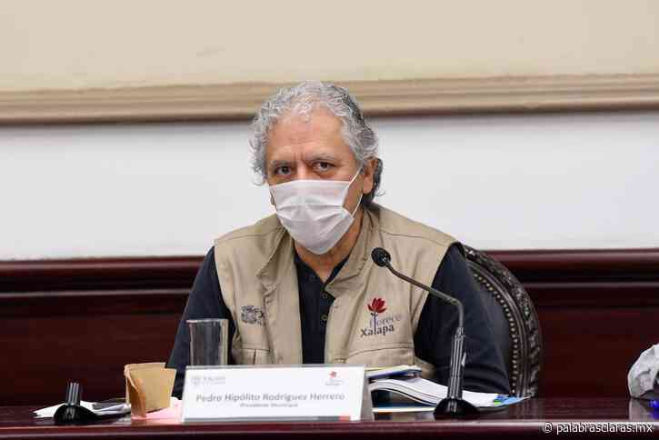 Alcalde de Xalapa pide a regidores bajarse el sueldo y podar áreas verdes los fines de semana - PalabrasClaras.mx
