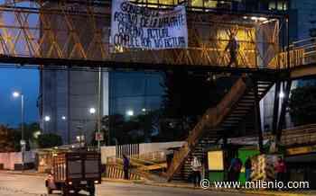 En Xalapa, con mantas exigen justicia por multihomicidios de 2015 en la CdMx - Milenio