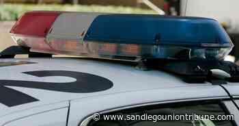 Man dead after car strikes tree in Mira Mesa - The San Diego Union-Tribune