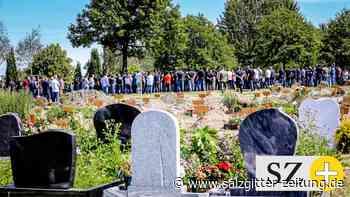 Trauerfeier: Clan-Beerdigung in Essen: 750 Menschen nehmen Abschied
