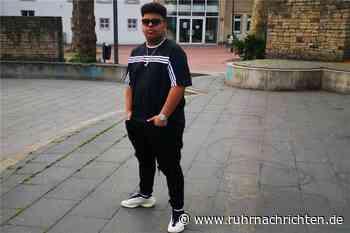 Jugendlicher aus Castrop-Rauxel gründet Modelabel und macht Profit - Ruhr Nachrichten