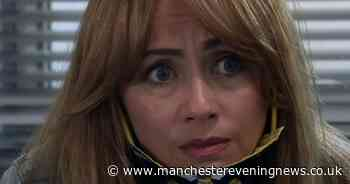 Coronation Street's Maria Connor distracts viewers with mask-wearing blunder