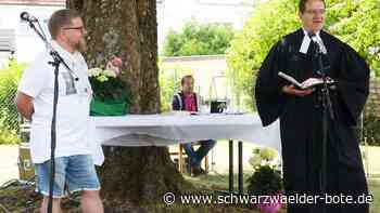 Albstadt: Damit das Band hält - Albstadt - Schwarzwälder Bote