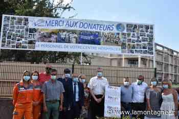 Le centre hospitalier d'Issoire (Puy-de-Dôme) remercie ses donateurs avec une banderole - La Montagne