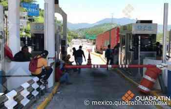 Normalistas dan paso por 50 pesos en Autopista de Acapulco - Quadratín México