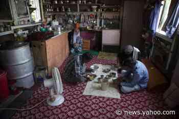AP PHOTOS: Year on, India's lockdowns ruin Kashmir's economy