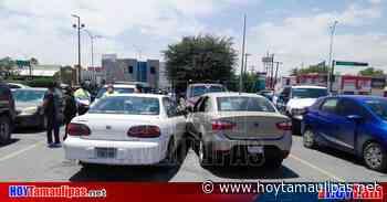 Tamaulipas Deja raro accidente daos leves en Nuevo Laredo - Hoy Tamaulipas