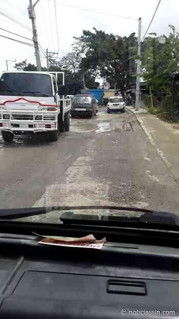 Residentes del sector La Ciénaga en SDO denuncian deterioro de calle - Noticias SIN - Servicios Informativos Nacionales
