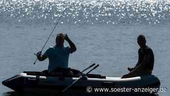 Möhnesee (NRW): Brand auf einem Boot - die Feuerwehr Soest ist im Einsatz - soester-anzeiger.de