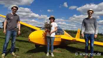 Beim ersten Alleinflug im Segelflieger begleiten Sophie nur die Störche - noz.de - Neue Osnabrücker Zeitung