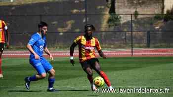 Football : Charles Boli (RC Lens): «J'ai envie de gagner ma place dans cette équipe» - L'Avenir de l'Artois