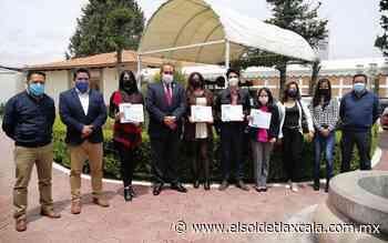 Obtienen estudiantes de la UTT certificación - El Sol de Tlaxcala