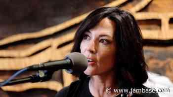 Today's Livestreams, Friday, July 31: Amanda Shires, moe., 'Mavis 80,' Grateful Dead & More - JamBase
