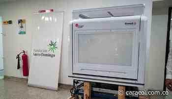 Fundación Santo Domingo dona robot para procesar pruebas COVID en Cartagena - Caracol Radio