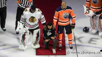 Regina-born NHL player Matt Dumba becomes first player to kneel for U.S. anthem