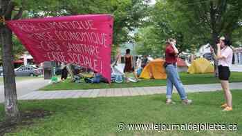 Camp d'occupation de militants écologistes à Place Bourget - Le Journal de Joliette