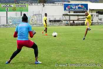 Jugadores del Gualaceo SC, listos para reinicio de Primera B - El Mercurio (Ecuador)