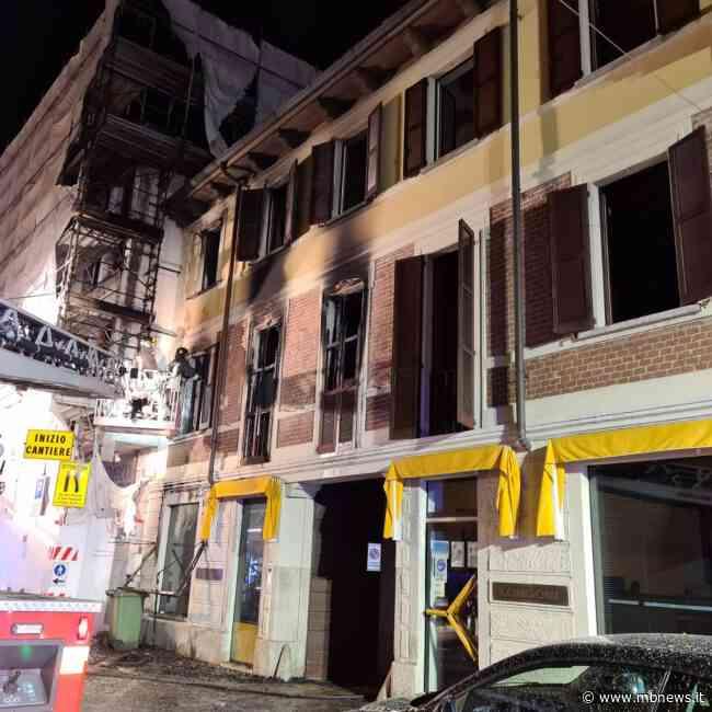 Brugherio, a fuoco un appartamento in via Italia. Donna salvata dai carabinieri - MBnews