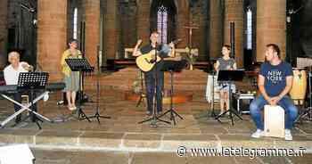 Laurent Grzybowski et ses musiciens ont fait chanter l'auditoire - Le Télégramme