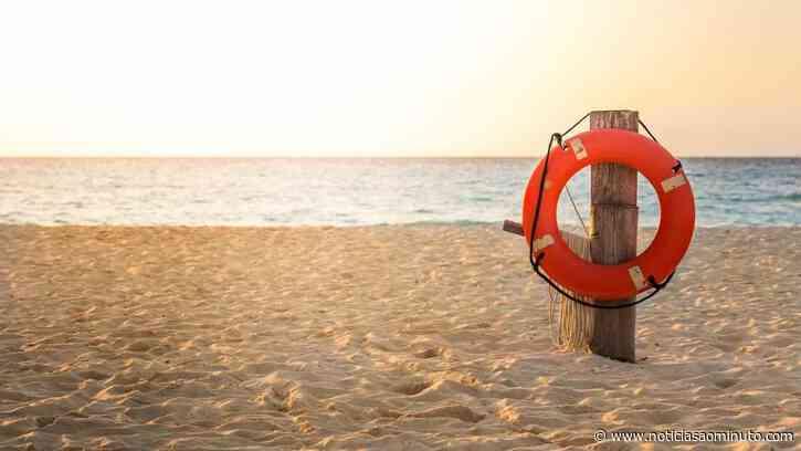 Praias em Tavira estiveram interditas devido a avistamento de tubarão - Notícias ao Minuto
