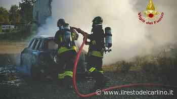 Incendio Monteveglio, auto brucia in strada - il Resto del Carlino