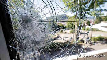 Polizei in Geislingen: Einbruch-Serie in Geislingen: Fenster eingeschlagen und Türen verbrannt - SWP