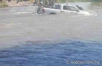 Desoyen advertencia y los arrastra la corriente en el río San Pedro - La Opcion