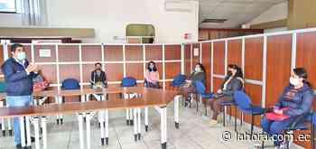 Futuras emprendedoras reciben capacitación del MIES - La Hora (Ecuador)