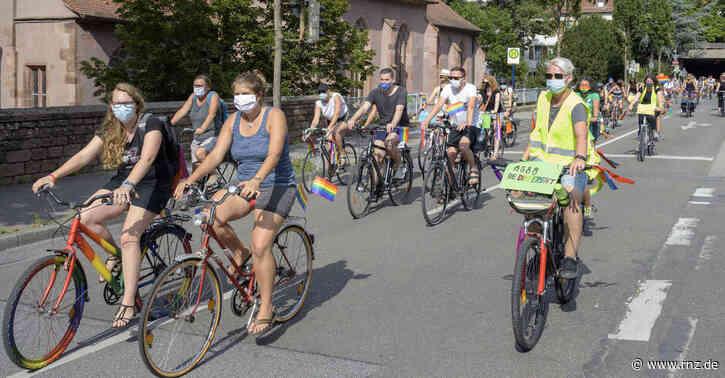 """Heidelberg:  """"Dykes on Bikes"""" setzen sich für queere und lesbische Frauen ein"""