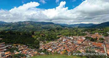 Debate por el proyecto minero de Quebradona en Jericó Antioquia | Colombia hoy - Semana