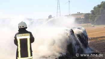 Einsatz der Feuerwehr: Stoppelfeld bei Malsfeld in Flammen - hna.de