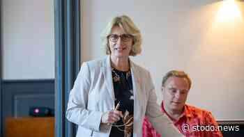 Anita Klahn spricht in Stockelsdorf zum Thema Schule in Coronazeiten und über das neue Schuljahr - Stodo News