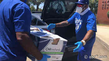 Dodgers deliver thousands of meals to Inglewood and Hawthorne communities - KABC-TV
