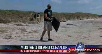 Mustang Island cleanup helps pick up Hanna-related debris - KRIS Corpus Christi News
