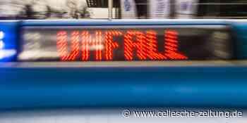 Fußgängerin bei Unfall in Celle schwer verletzt: Seniorin von Auto erfasst - Cellesche Zeitung